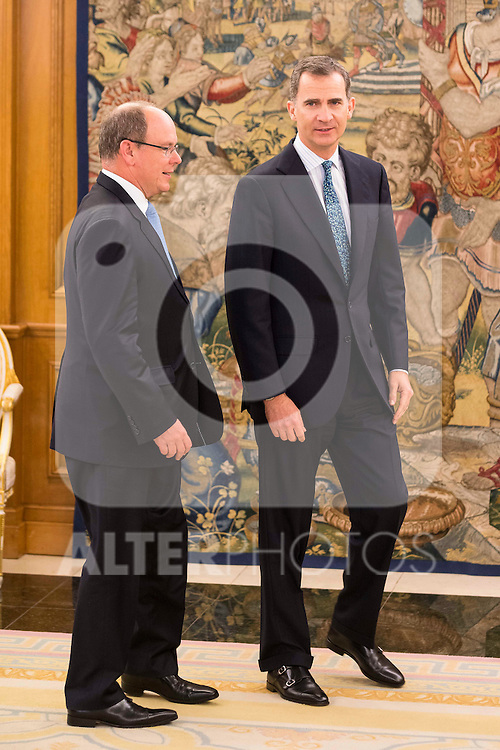 King Felipe VI of Spain receive in audience to Alberto de Monaco at Zarzuela Palace in Madrid. April 22,2016. (ALTERPHOTOS/Borja B.Hojas)