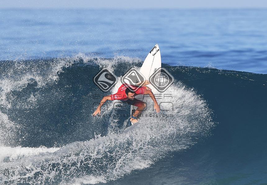 Australia's Joel Parkinson.<br /> 2017 Billabong Pipe Masters, Oahu, Hawaii, USA. World Surf League (WSL). Monday 18 December 2017. &copy; Copyright photo: Andrew Cornaga / www.photosport.nz