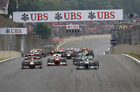 SAO PAULO, SP, 24.11.2013 - F1 GP BRASIL - O piloto alemao Sebastin Vettel (E) durante Grande Prêmio do Brasil de Fórmula 1, no autódromo de Interlagos, zona sul da capital paulista, neste domingo (24). (Foto: Pixathlon / Brazil Photo Press).