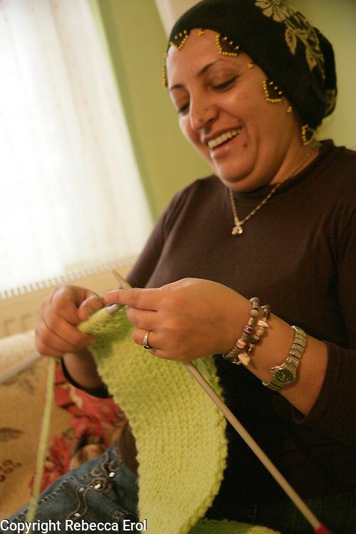 Kurdish lady knitting, Istanbul, Turkey