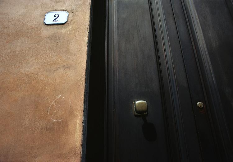 Lucca door 2