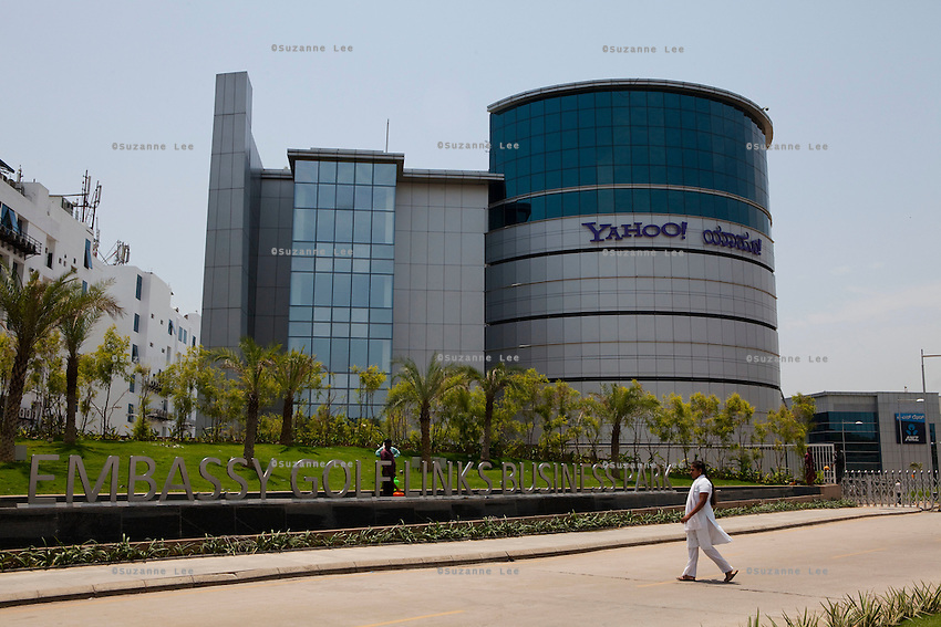 "Embassy Golf Link Business Park, Domlur, Bangalore. Houses Yahoo India.BANGALORE.Bangalore also known as Bengaluru is the capital of Southern state of Karnataka, and is Asia's fastest growing cosmopolitan city. Most of the high-tech companies have their offices here, and view Bangalore as 'Byte-Basket' of India. Bangalore was once called the pensioners' paradise but that quickly changed since IT companies set-up their offices in Bangalore making it the third most populous city in India with an estimated population of 5.8 million people (2001 census)..Bangalore houses some of the most recognised companies IT companies, making it India's leading Information Technology exporter and popularly known as the 'Silicon Valley of India"". Apart from IT, Bangalore is home to leading and well-recognized organisations working on defence, aerospace, telecommunication, agricultural and science research and development. ..KPN company, Getronics, has off shored multiple business units to the Indian company, Mind Tree in Bangalore, the 'Silicon Valley of India', in the state of Karnataka, India. .Photo by Suzanne Lee for Hollandse Hoogte."