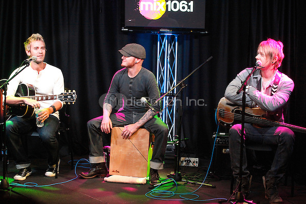 BALA CYNWYD, PA - OCTOBER 17 :  Lifehouse visit Mix 106.1's iHeart Radio Performance Theater in Bala Cynwyd, Pa on October 17, 2012  © Star Shooter / MediaPunch Inc