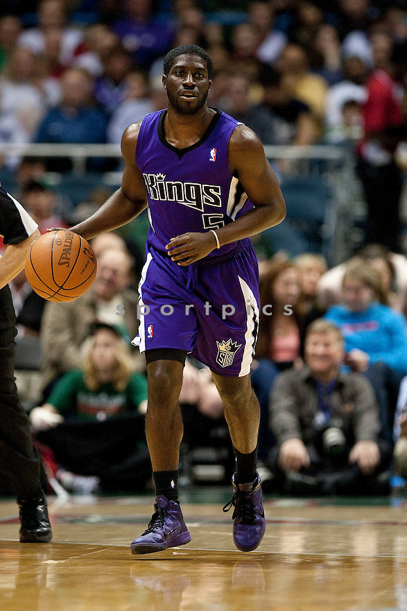 EUGENE POOH JETER, of the  Sacramento Kings in actions during the Kings game against the Milwaukee Bucks at Bradley Center on March 23, 2011.  The Sacramento Kings  won the game beating the Milwaukee Buck 97-90.