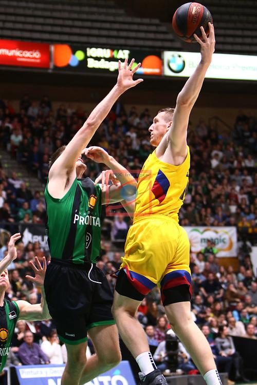 Liga ENDESA 2019/2020. Game: 14.<br /> Club Joventut Badalona vs FC Barcelona: 80-95.<br /> Conor Morgan vs Rolands Smits.