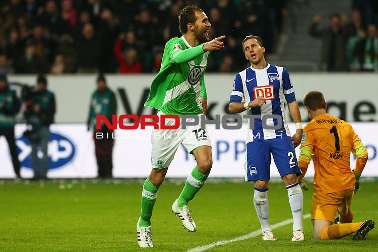 22.02.2015, Volkswagen Arena, Wolfsburg, GER, 1.FBL, VfL Wolfsburg vs Hertha BSC, im Bild  Bas Dost (Wolfsburg #12) trifft zum 1 zu 0 <br /> <br /> Foto &copy; nordphoto / Schrader
