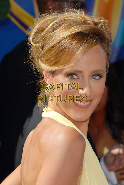 KIM RAVER.58th Annual Primetime Emmy Awards held at the Shrine Auditorium, Los Angeles, California, USA..August 27th, 2006.Ref: ADM/CH.headshot portrait .www.capitalpictures.com.sales@capitalpictures.com.©Charles Harris/AdMedia/Capital Pictures.