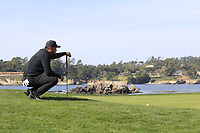 Jason Day (AUS) at the 7th green during Sunday's Final Round of the 2018 AT&amp;T Pebble Beach Pro-Am, held on Pebble Beach Golf Course, Monterey,  California, USA. 11th February 2018.<br /> Picture: Eoin Clarke | Golffile<br /> <br /> <br /> All photos usage must carry mandatory copyright credit (&copy; Golffile | Eoin Clarke)