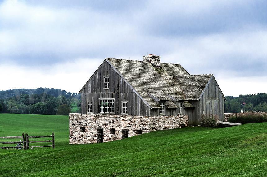 Beautiful wood anf fieldstone barn, Chadda Ford, Chester County, Pennsylvania, USA
