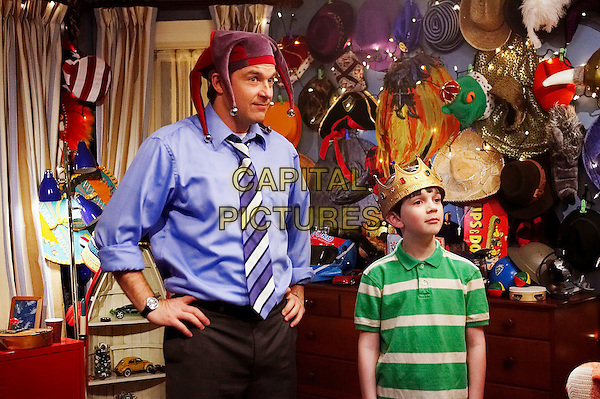 JASON BATEMAN & ZACH MILLS.in Mr. Magorium's Wonder Emporium .*Filmstill - Editorial Use Only*.CAP/FB.Supplied by Capital Pictures.