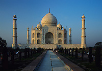 Taj Mahal temple, Agra, Uttar Pradesh, India
