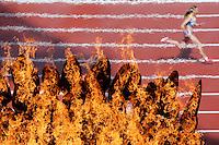 LONDRES, INGLATERRA, 03 AGOSTO 2012 - OLIMPIADAS 2012 - Vista da pira Olimpica no Estadio Olimipco de Londres durante prova de atletismo na tarde dessa sexta-feira, 03. FOTO: PIXATHLON - BRAZIL PHOTO PRESS.