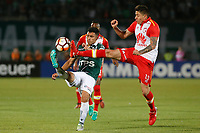 VALPARAISO - CHILE - 13 - 02 - 2018: Juan Soto (Izq.) jugador de Santiago Wanderers disputa el balón con Sebastian Salazar (Der.) jugador de Independiente Santa Fe, durante partido de ida entre Santiago Wanderers (CHL) y el Independiente Santa Fe (COL), de la fase 3 llave 1 por la Copa Conmebol Libertadores 2018, jugado en el estadio Bicentenario Elias Figueroa de la ciudad de Valparaiso. / Juan Soto (L) player of Santiago Wanderers vies for the ball with Sebastian Salazar (R) player of Independiente Santa Fe, during a match of the first leg between Santiago Wanderers (CHL) and Independiente Santa Fe (COL), of the 3rd phase key 1 for the Copa Conmebol Libertadores 2018 at the Bicentenario Elias Figueroa Stadium in Valparaiso City, Photo: VizzorImage / Raul Zamora / Cont / Photosport