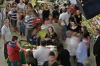 SÃO PAULO, SP, 04.02.2017 – VELÓRIO MARISA LETÍCIA - Público acompanha o velório da ex-primeira dama Marisa Letícia, no Sindicato dos Metalúrgicos do ABC em São Bernardo do Campo, na manhã deste sabado, 04. (Foto: Levi Bianco/Brazil Photo Press)