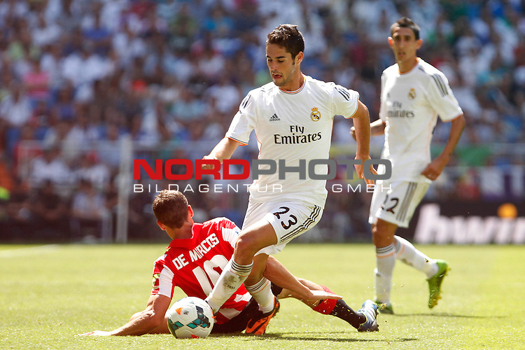 Real Madrid's Isco during La Liga Match. September 01, 2013. Foto © nph / Caro Marin)