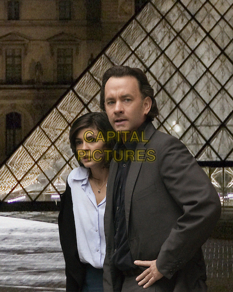 Audrey Tautou & Tom Hanks .in The Da Vinci Code.*Filmstill - Editorial Use Only*.CAP/NFS.Supplied by Capital Pictures.