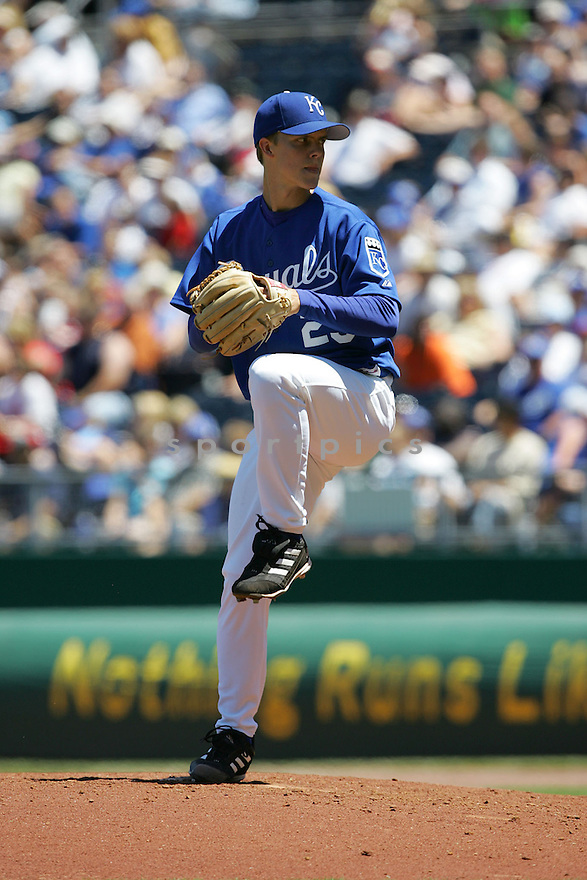Zack Greinke, of the Kansas City Royals , in action against the Texas Rangers on June 5, 2005...Rangers win 8-1...Dilip Vishwanat / SportPics