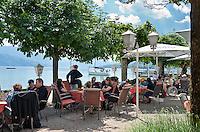Austria, Upper Austria, Salzkammergut, Attersee at lake Attersee: Inn Fischer Vroni am See   Oesterreich, Oberoesterreich, Salzkammergut, Attersee am Attersee: Wirtshaus Fischer Vroni am See