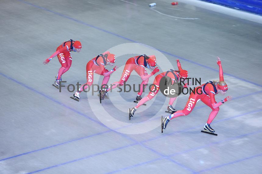 SCHAATSEN: HEERENVEEN: Thialf, 22-06-2012, Zomerijs, Team LIGA, Janneke Ensing, Mayon Kuipers, Margot Boer, Janine Smit, Yvonne Nauta, ©foto Martin de Jong