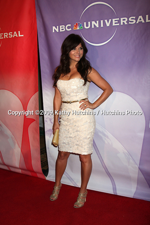 Tiffani Thiessen arriving at the NBC TCA Party at The Langham Huntington Hotel & Spa in Pasadena, CA  on August 5, 2009 .©2009 Kathy Hutchins / Hutchins Photo..