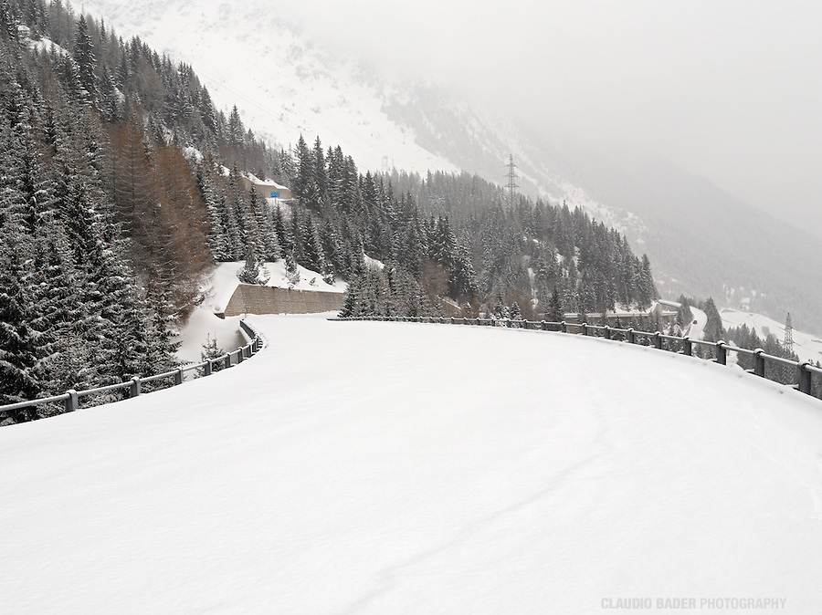 Passes, Switzerland, Ticino, Gotthard Pass, Gottardo, Winter mountain pass, snowy mountain road