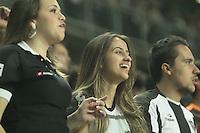 BELO HORIZONTE, MG, 01.05.2014 – COPA LIBERTADORES DA AMÉRICA 2014 – ATLÉTICO-MG X NACIONAL Torcedores jogador do Atletico-MG durante jogo contra Nacional valido pela oitavas de finais Copa Libertadores da América 2014, no estádio Arena Independência, na noite desta quinta (01) (Foto: MARCOS FIALHO / BRAZIL PHOTO PRESS)