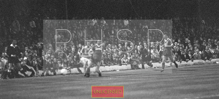 03/09/1980 Blackpool v Everton  League Cup 2nd Round 2nd Leg ..west paddock...© Phill Heywood.
