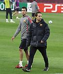 Camp Nou , UEFA Champions League, rueda de prensa previa al partido FC Barcelona - ARsenal FC. En la foto Sergio Busquets durante el entrenamiento
