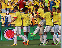 BARRANQUILLA - COLOMBIA -29-03-2016: Sebastian Perez jugador de Colombia celebra con sus compañeros después de anotar un gol a Ecuador durante partido de la fecha 6 para la clasificación a la Copa Mundial de la FIFA Rusia 2018 jugado en el estadio Metropolitano Roberto Melendez en Barranquilla./  Carlos Bacca player of Colombia celebrates a goal against Ecuador during match of the date 6 for the qualifier to FIFA World Cup Russia 2018 played at Metropolitan stadium Roberto Melendez in Barranquilla. Photo: VizzorImage / Gabriel Aponte / Cont