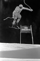 Pix:Michael Steele/SWpix...Skiing, Italy, 1989...COPYRIGHT PICTURE>>SIMON WILKINSON..Skiing, Italy.