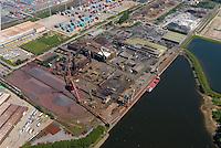 4415/Stahlwerk:EUROPA, DEUTSCHLAND, HAMBURG, 28.05.2005: Hamburger Stahlwerk, Dradenaustraße, Waltershof, Eisen, Herstellung, Produktion, Metal, Industrie, Luftbild, Luftbild,