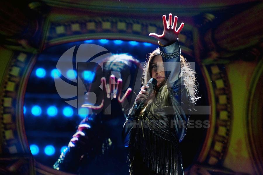 SAO PAULO, SP, 21 DE JANEIRO DE 2012 - SHOW LAURA PAUSINI - Show da cantora italiana Laura Pausini, na noite deste sabado no Credicard Hall, zona sul da cidade. FOTO: LEVI BIANCO - NEWS FREE