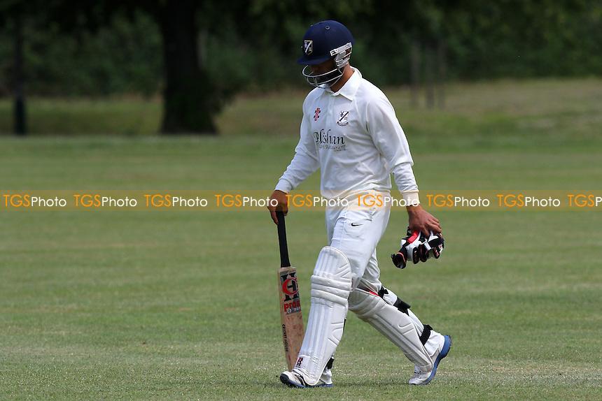 Hornchurch CC (fielding) vs Upminster CC - Essex Cricket League at Harrow Lodge, Hornchurch  - 30/05/15 - MANDATORY CREDIT: Gavin Ellis/TGSPHOTO - Self billing applies where appropriate - contact@tgsphoto.co.uk - NO UNPAID USE