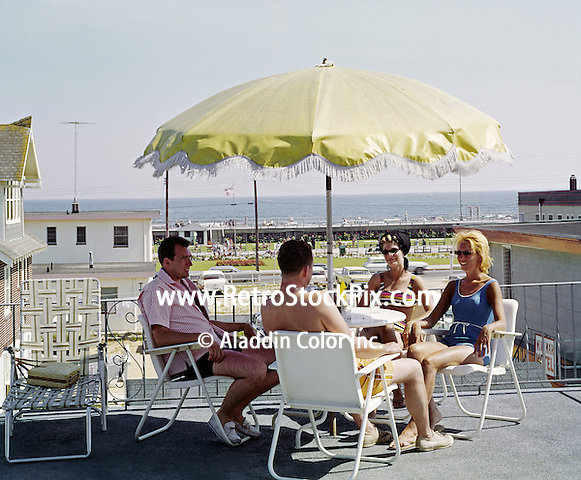 El Ray Motel, Wildwood, NJ Sundeck with a boardwalk & ocean view. 1962