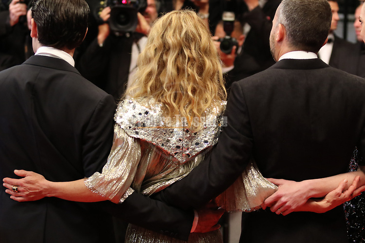 "Cannes Film Festival 2018 - 71st edition - Day 9 - May 16 in Cannes, on May 17, 2018; screening of the film ""Un couteau dans le coeur"";  (FromL) French director Yann Gonzalez, French actress Vanessa Paradis and French actor Nicolas Maury  . © Pierre Teyssot / Maxppp"