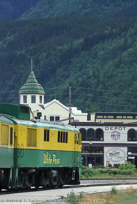 Tourists from cruise ships, White Pass and Yukon route narrow gauge train ride, Skagway, Alaska