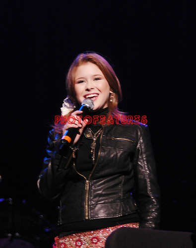 Renee Olstead at Don Felder and friends Rock Cerritos for Katrina at Cerritos Center For The Performing Arts, February 1st 2006...Photo by Chris Walter/Photofeatures