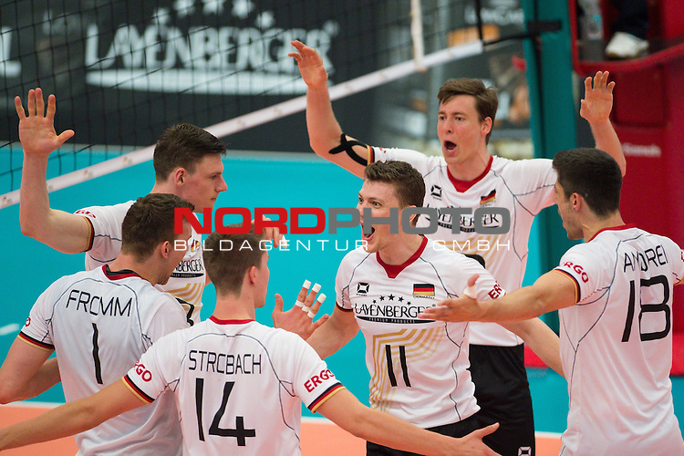 05.06.2015, Sporthalle Berg Halle, Muenster<br /> Volleyball, LŠnderspiel / Laenderspiel, Deutschland vs. Slowakei<br /> <br /> Jubel Christian Fromm (#1 GER), Tom Strohbach (#14 GER), Marcus Bšhme / Boehme (#8 GER), Lukas Kampa (#11 GER), Jochen Schšps / Schoeps (#10 GER), Michael Andrei (#18 GER)<br /> <br />   Foto &copy; nordphoto / Kurth