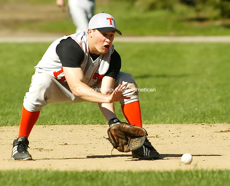 WINSTED, CT 4/30/07- 043007BZ09- Terryville's Ross Milne (10) fields the ball against Gilbert<br /> during their game at Walker Field in Winsted Monday.<br /> Jamison C. Bazinet Republican-American