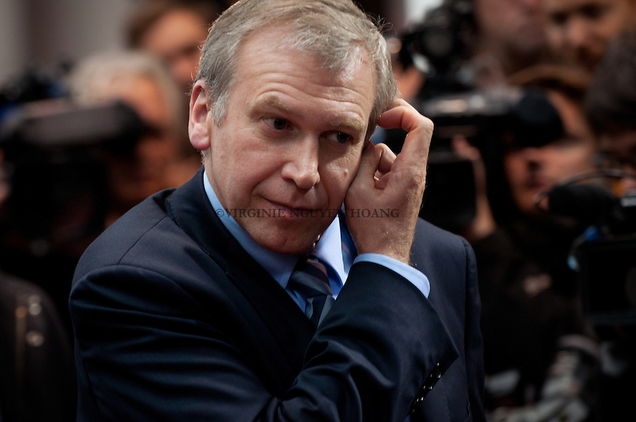 Yves Leterme, Premier ministre belge arrive au sommet du conseil Europen à Bruxelles...Yves Leterme, Prime Minister of Belgium arrives at the summit of European Council in Brussels