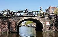 Nederland -  Amsterdam -  april 2019.  Brug bij de Brouwersgracht.    Foto Berlinda van Dam / Hollandse Hoogte