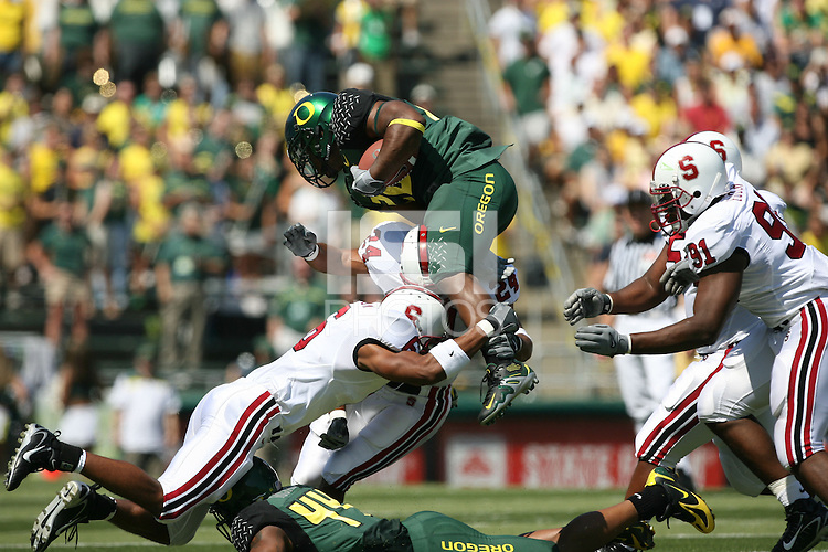 2 September 2006: David Lofton (6), Trevor Hooper (24), and Pannel Egboh (91) during Stanford's 48-10 loss to the Oregon Ducks at Autzen Stadium in Eugene, OR.