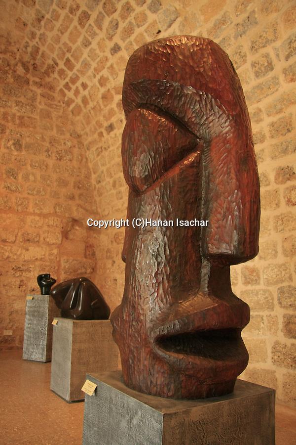 Israel, Achiam Shoshani Art Museum in Shuni