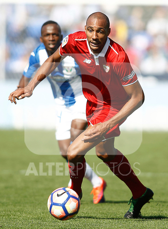 Sevilla FC's Steven N'Zonzi during La Liga match. October 15,2016. (ALTERPHOTOS/Acero)