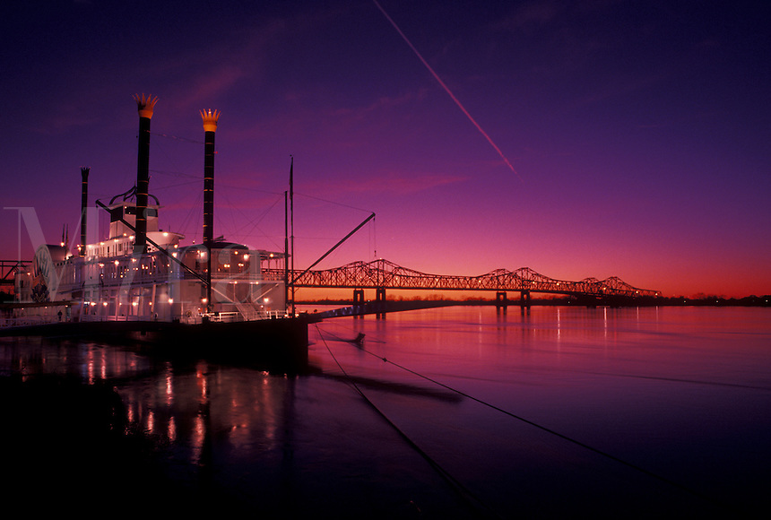 casino, riverboat, sunset, Natchez, Mississippi River, MS, Mississippi, Lady Luck Natchez Riverboat Casino on the Mississippi River at sunset in Natchez.