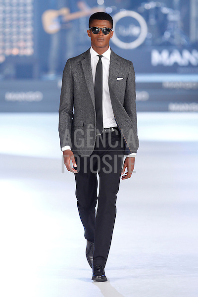 Mango<br /> Barcelona Fashion Week<br /> July 2013<br /> RTW Spring Summer 2014