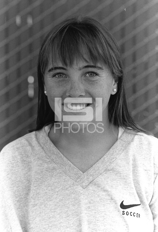 1996: Lori Maund.