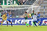 10.09.2017, OLympiastadion, Berlin, GER, 1.FBL, Hertha BSC VS. SV Werder Bremen, im Bild <br /> 1: 1 durch Delaney (Werder Bremen), Alexander Esswein (Hertha BSC Berlin #7), Niklas Stark (Hertha BSC Berlin #5), Marvin Plattenhardt (Hertha BSC Berlin #21#)<br /> <br /> <br />       <br /> Foto &copy; nordphoto / Engler