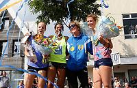 Nederland  Zaandam  2017. Polsstokhoogspringen in het centrum van Zaandam door 16 (inter)nationale toppers in een spectaculaire setting.  Met het fondsenwervende evenement  Naar Ongekende Hoogte op zondag 3 september op de Rozengracht is Zaanstad deze dag Polsstokhoofdstad van Nederland. De opbrengsten van het evenement gaan naar Stichting Pole Position. 15-voudig Nederlands kampioen polsstokhoogspringen en ambassadrice van de stichting Rianna Galiart neemt afscheid van de wedstrijdsport.   Foto Berlinda van Dam / Hollandse Hoogte