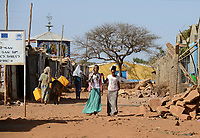 ETHIOPIA, Tigray, Shire, eritrean refugee camp May-Ayni managed by ARRA and UNHCR, behind ethiopian orthodox church / AETHIOPIEN, Tigray, Shire, Fluechtlingslager May-Ayni fuer eritreische Fluechtlinge